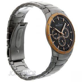 Skagen Men's 596XLTRXM Quartz Chronograph Titanium Black Dial Watch