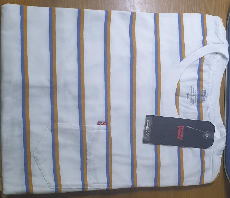 Áo thun ngắn tay có túi Levi's Classic Pocket Tee